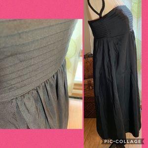 Banana Republic Dresses - Banana Republic sleeveless dress